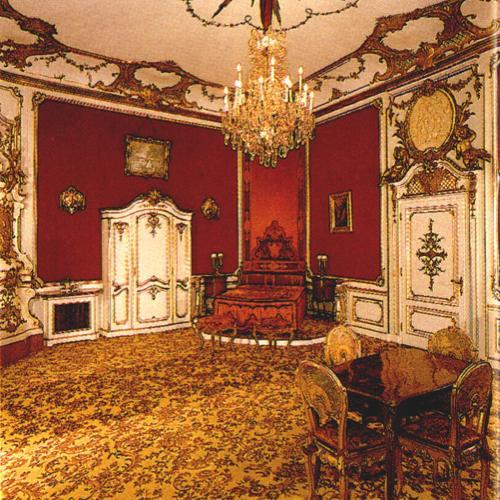 Vintage Bedroom Colors White Bedroom Furniture King Bedroom Black Furniture Cool Bedroom Paint Ideas For Guys: Medieval Royal Bedroomghantapic